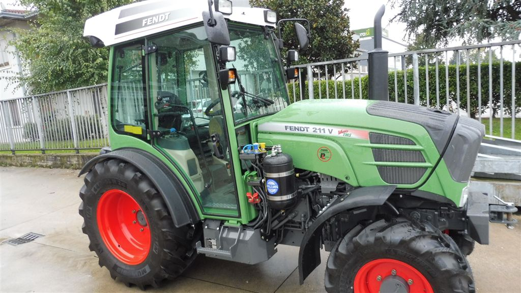 Impianto di frenatura pneumatico Mother Regulation per trattore FENDT 211 V VARIO TMS