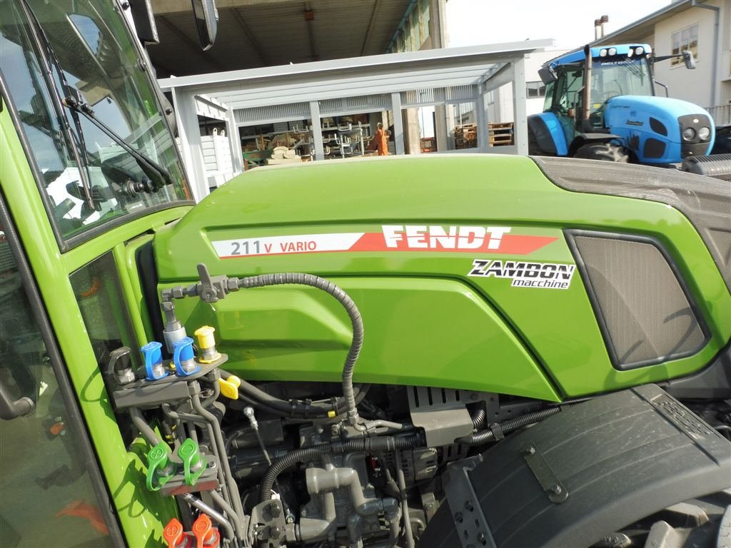 impianto-di-frenatura-idraulico-e-pneumatico-mother-regulation-per-fendt-211v-vario4.jpg
