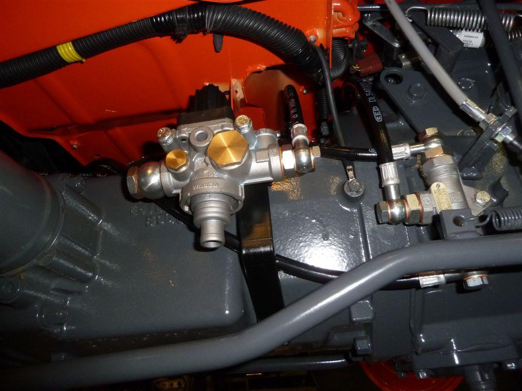 kubota-l-1501-idrostatico-93.jpg