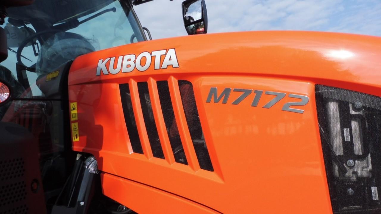 kubota-m-7172-3.jpeg
