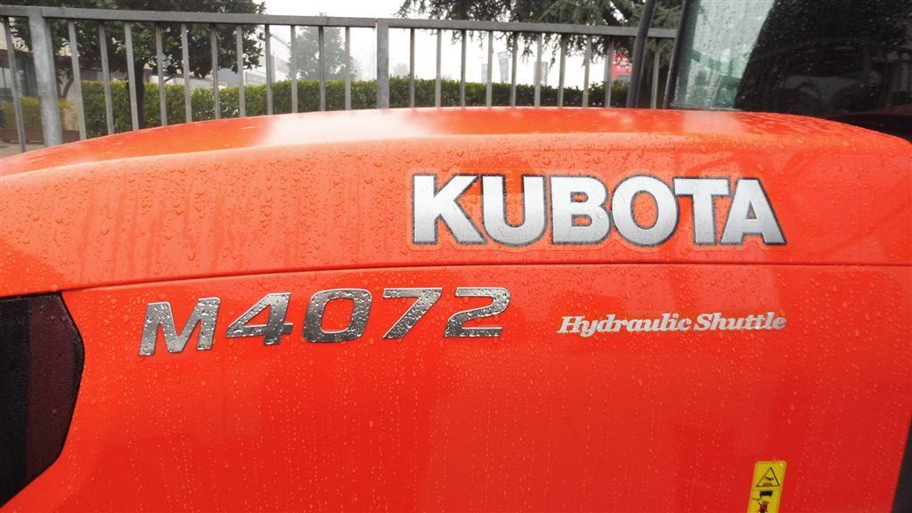 kubota-m4072-hydraulic-shuttle-91.jpg