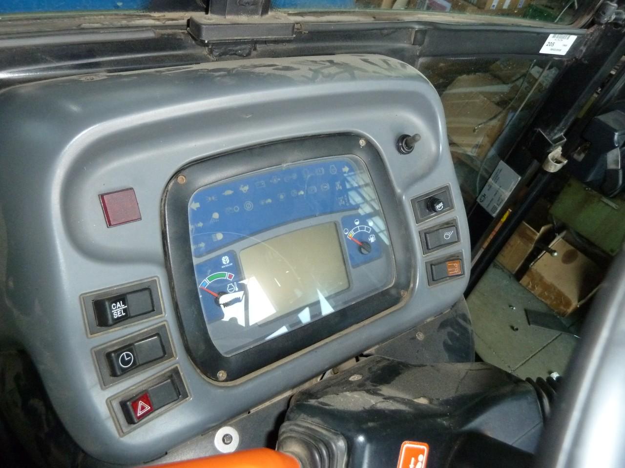 new-holland-tn-75-da-dt-cab-4.jpg